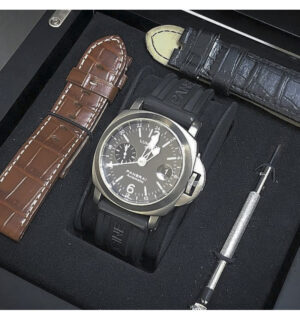 orologio-panerai-gmt-luminor-titanio